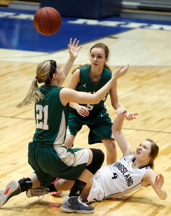 Rushford-Peterson vs. Kingsland Girls Basketball 02