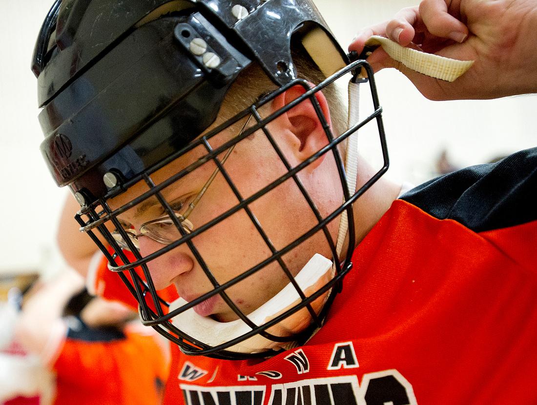 WSHS Adapted Floor Hockey 04